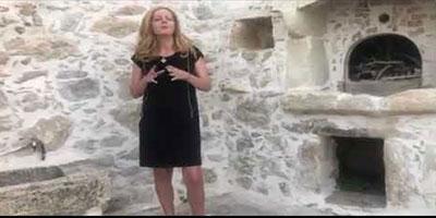 Η Άννα Κορσάνου μιλά για τη Διαμεσολάβηση